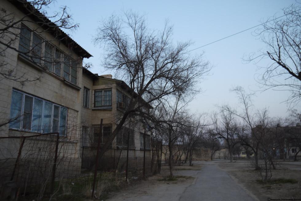 Site et cite - Sur la route, Aktau