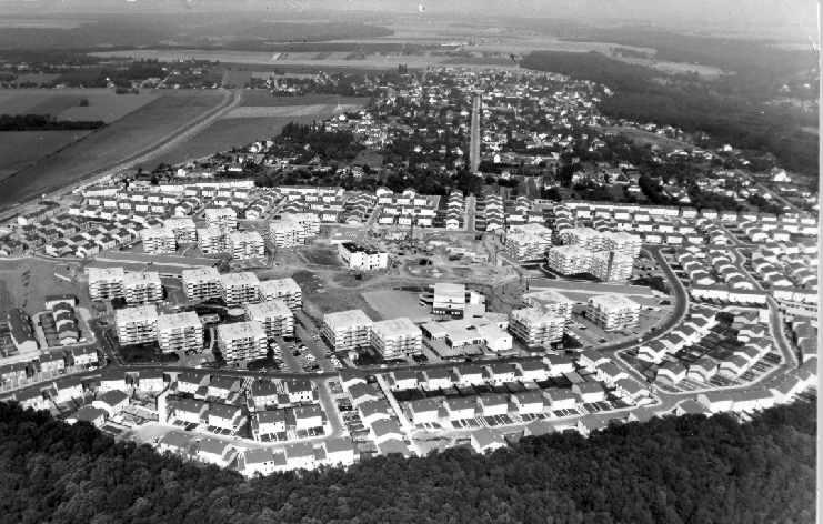 """Quartier de """"Chalandonnette"""", du nom du ministre Chalandon de Giscard qui a réformé les modalités de prêt immobilier pour permettre la construction de maisons individuelles"""