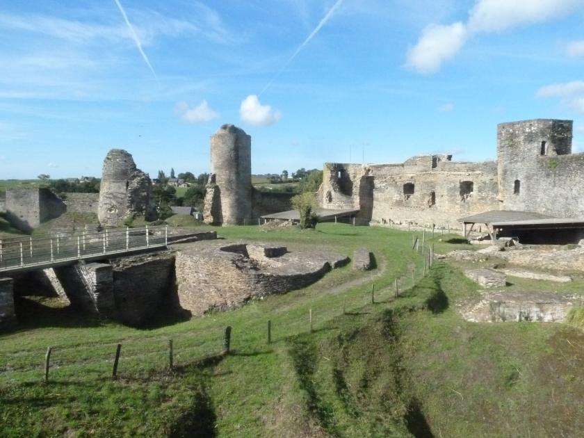 Patrimoine architectural et archéologique remarquable du territoire rural (commune de Pouancé dans le Maine-et-Loire)