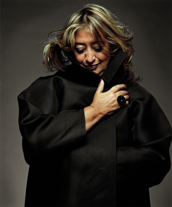 Portrait Zaha Hadid Site et Cité femme et Architecte