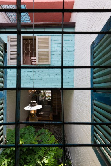 a21studio-saigon-house-architonic-10-10
